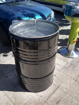 Se Vende Barbacoa Carbón o leña, Barrel Q 88cm
