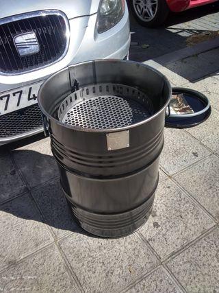 Se vende Barbacoa de Carbón o leña Barrel Q 59cm