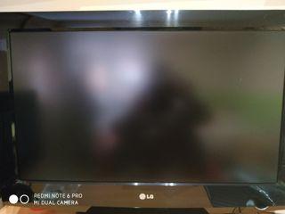 """TV LG 32"""" Pantalla plana"""