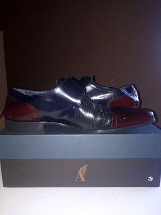 Zapatos Angel Infantes talla 45