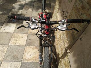 bicicleta BTT kona