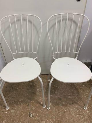 Mesa y dos sillas exterior