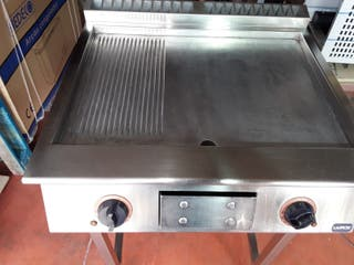 PLANCHA ELECTRICA TRIFASICA FRY TOP