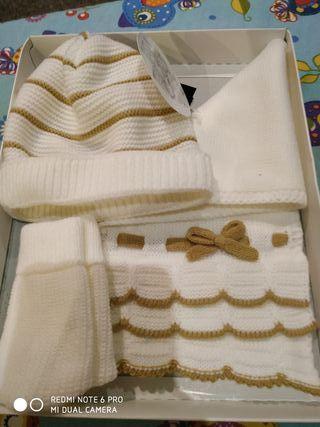 Conjunto bufanda,gorro y manoplas