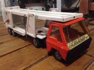 Camion de juguete COLOSO