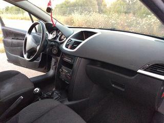 Peugeot 207 2012