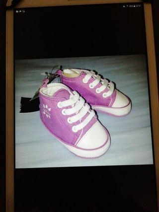 Zapatos bebé sin estrenar