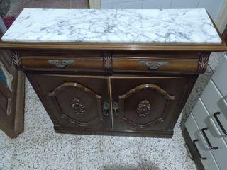 Mueble con marmol