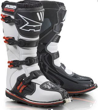se vende botas motocross