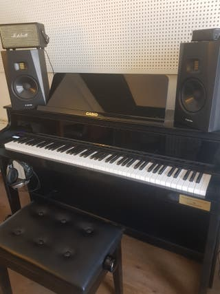 Piano electronico Celviano