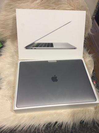 MacBook Pro 15.4 como nuevo 2019