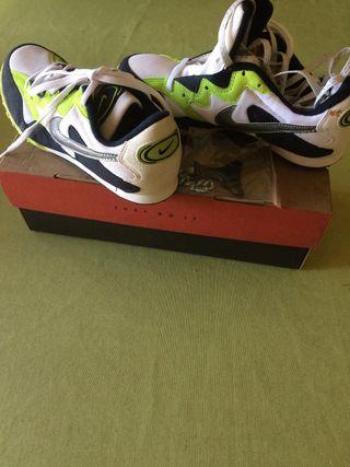 Zapatillas de clavos Nike n 40.5