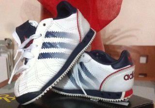 Zapatillas-playeras bebe adidas