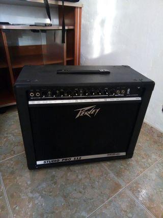 Amplificador Peavey studio pro 112 de guitarra