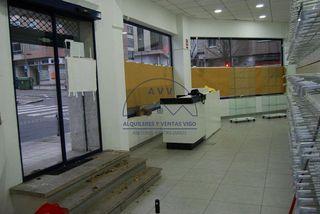 Local comercial en alquiler en As Travesas - Balaídos en Vigo
