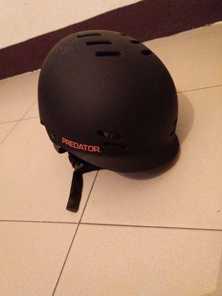 casco kayak predator