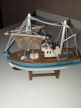 Barco pesquero vintage.