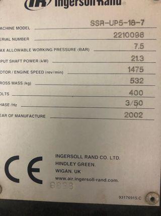 Compresor de tornillo Ingersoll Rand modelo Up5