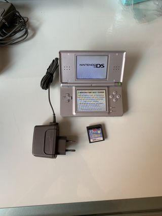 Nintendo ds plata + juego y cargador