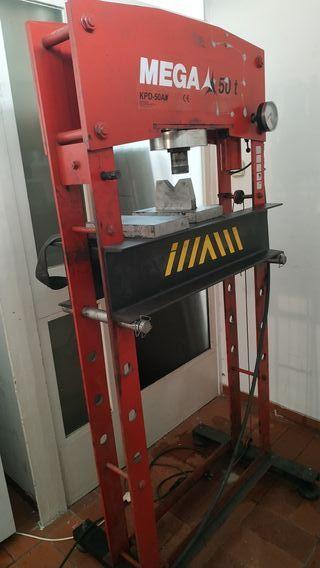 Prensa hidráulica 50T + compresor 10 bar