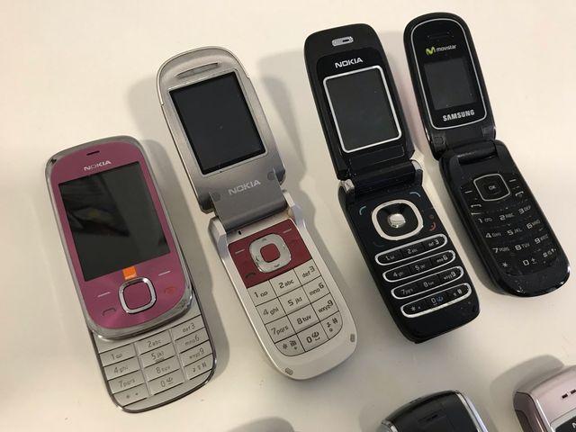 Colección teléfonos móviles retro y vintage