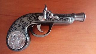 Pistola pirata(encendedor)