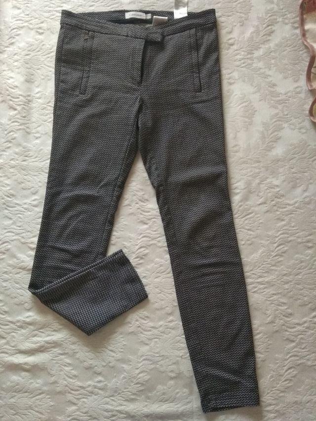 pantalón malla ajustado talla 38 ck