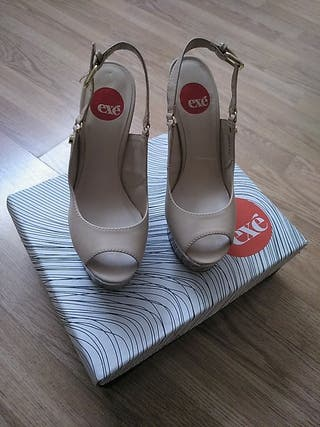 Tacones sandalias talla 36
