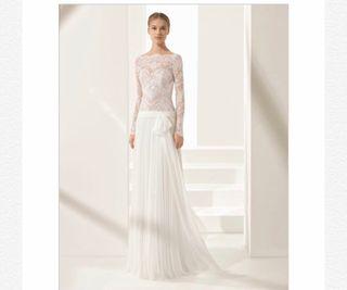 6275966f6b Falda de novia con rosas de segunda mano en WALLAPOP