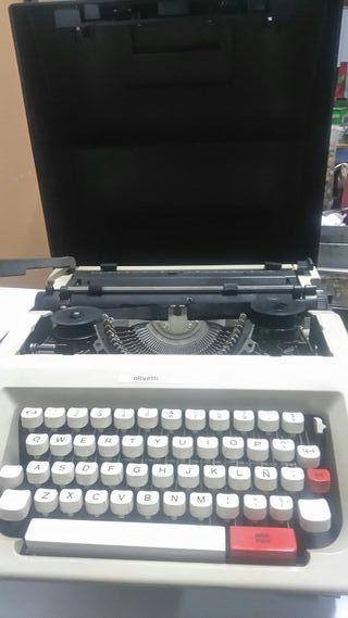 máquina de escribir nueva