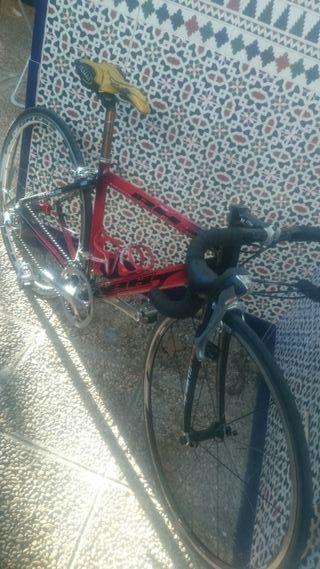 bicicleta bh carretera talla s