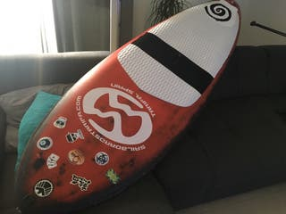 Tabla de paddle surf de carbono como nueva