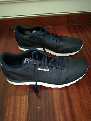 Zapatillas deporte Reebok Classic talla 45