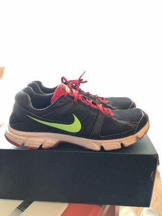 Nike downshifter 5 Running