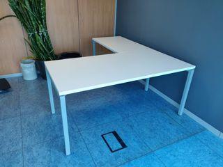 2 Mesas de oficina de 1'60*80 + alero
