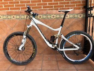 """Bicicleta Giant Reign 26"""""""