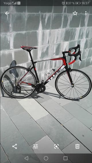 Bicicleta cube carretera