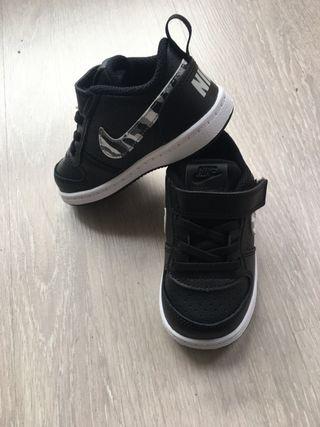 Nike nuevas num 22