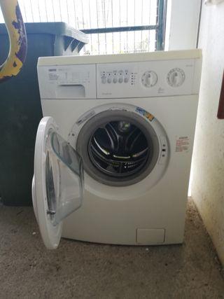 lavadora y microondas