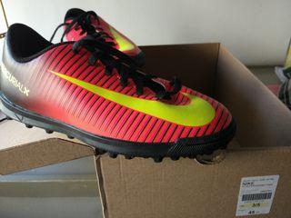 Bota,zapatilla multitaco Nike JR hypervenomx