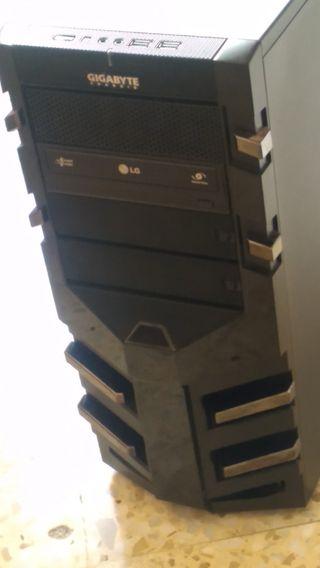 caja gamer gigabyte sumo alpha