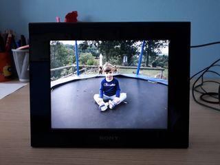 Marco de fotos digital Sony