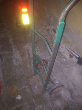 carretilla de hierro rruedas mazizas