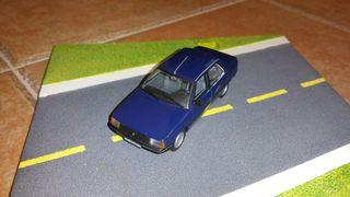 coche escala 1/43 Renault 9