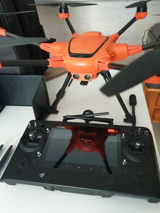drone profesional yuneec h520