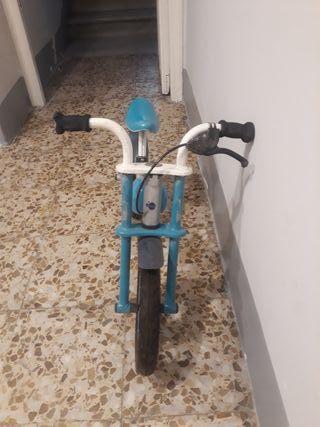 Velobike y pedales