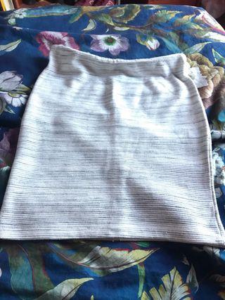 falda nunca usada