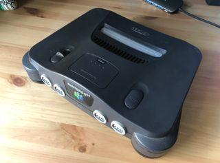 Nintendo 64 con 16 juegos y 2 mandos + extras