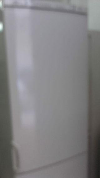 NEVERA BALAY de 1,85 cm X 60 cm ,Clase A