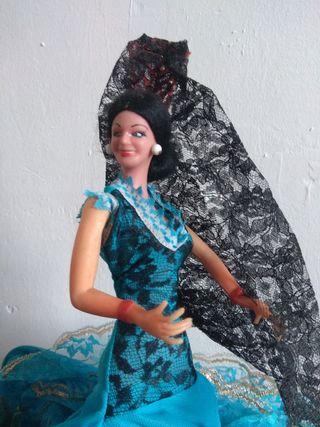 Antigua muñeca Lola Flores